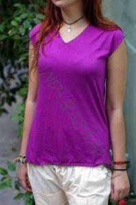 Фиолетовая футболка из мягкого трикотажа
