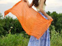 Женский шелковый шарф оранжевого цвета Москва